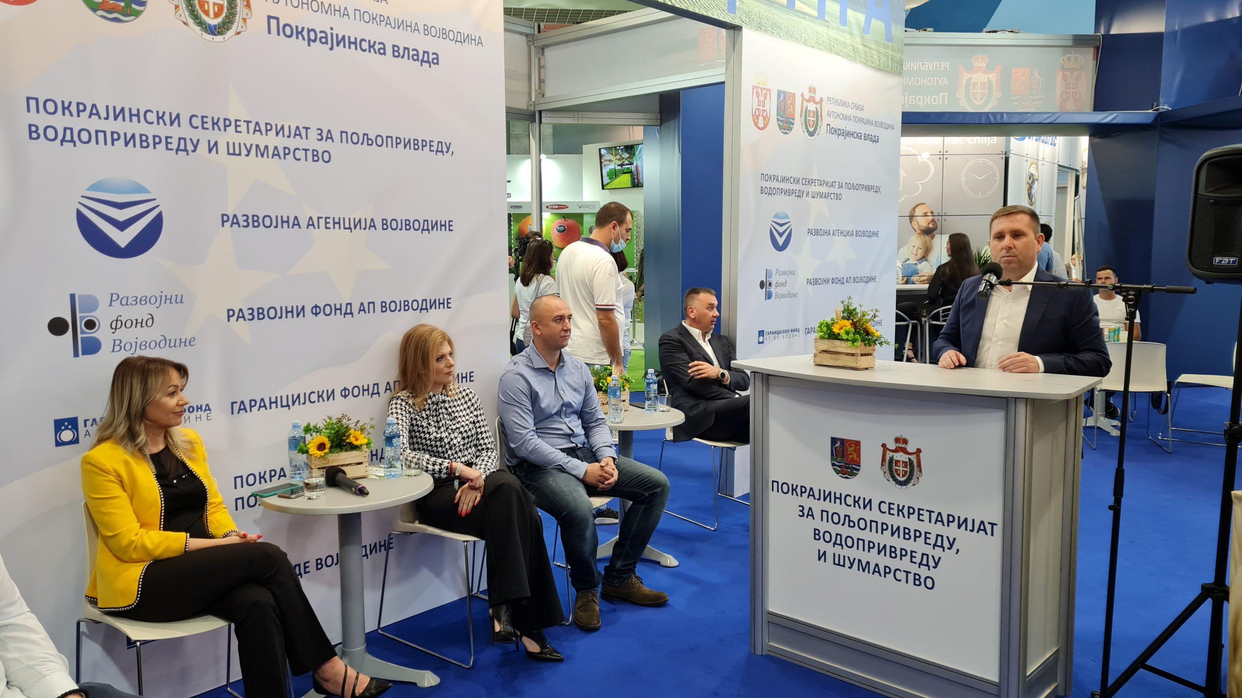 Млади пољопривредници у Србији и у ЕУ